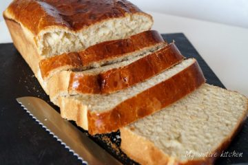 image of sliced bread with knife