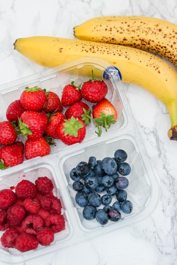 ramadan fruits (strawberry, rasp