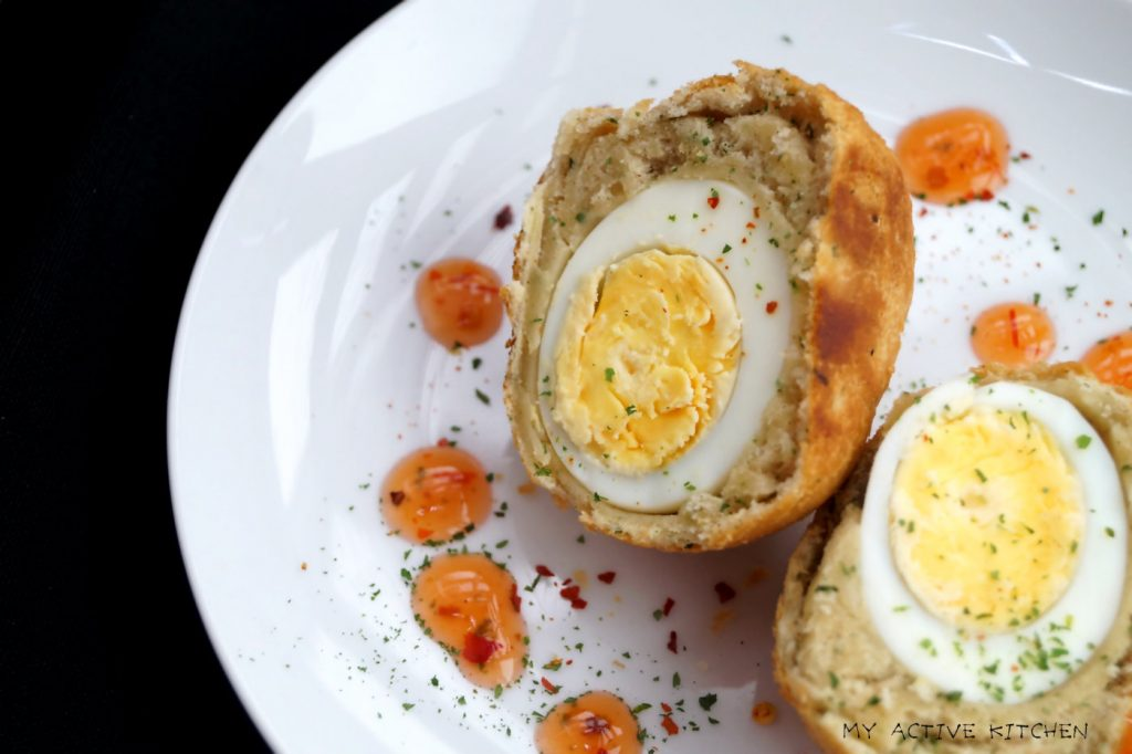 egg in fried dough