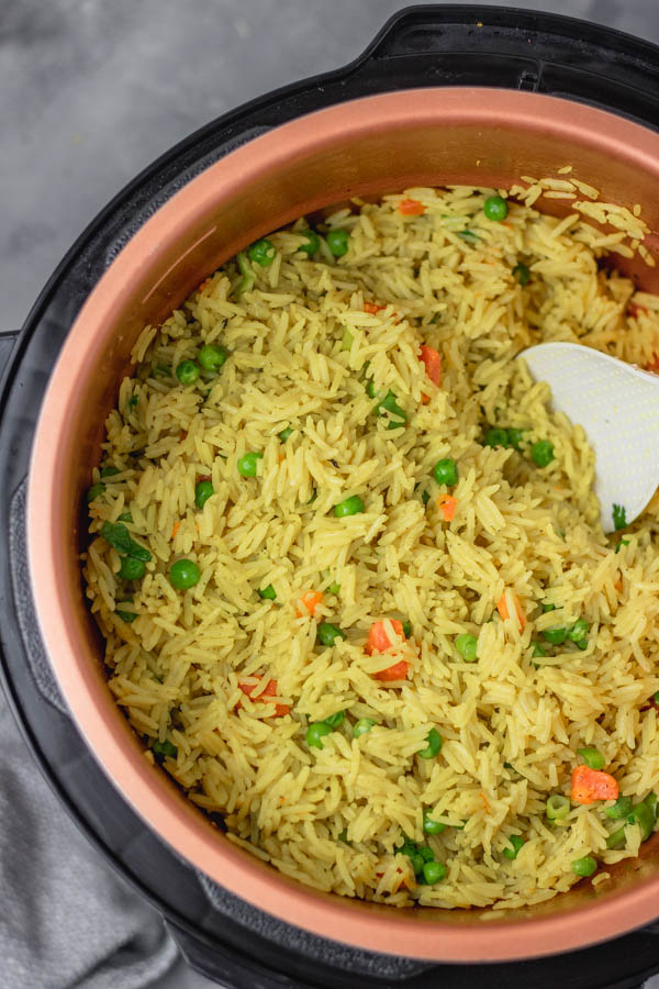 rice in a pot.